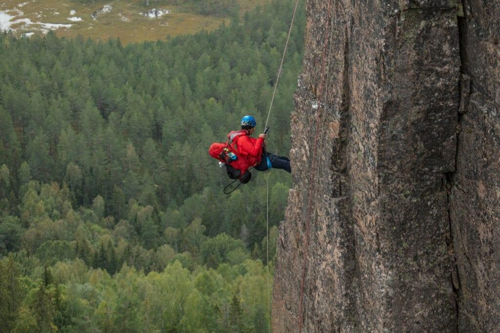 Jon Almaas på Gygrestolen, klatrer